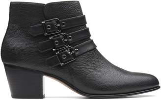 Clarks Maypearl Rayna Leather Ankle Boots