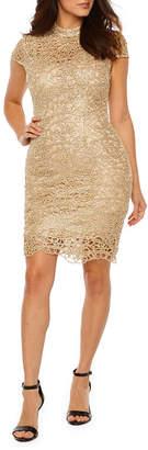 PREMIER AMOUR Premier Amour Short Sleeve Jewel Lace Sheath Dress