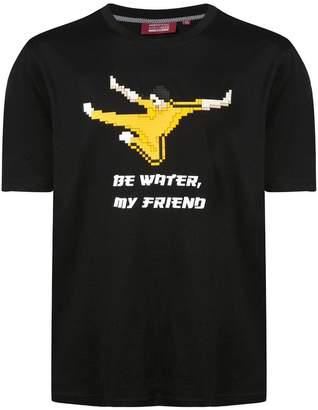 Mostly Heard Rarely Seen 8-Bit Be Water My Friend T-shirt