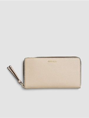 Calvin Klein Calvin Klein Womens Faux Leather Large Zip Wallet Mushroom