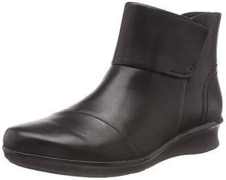 Clarks Women's Hope Track Ankle Boots, (Black Leather)