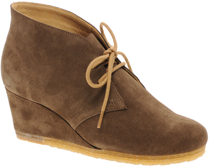 Clarks Originals Yarra Suede Desert Boot