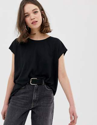 Noisy May wide neck t-shirt