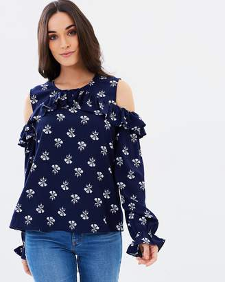 Atmos & Here ICONIC EXCLUSIVE - Sandra Frill Cold Shoulder Blouse