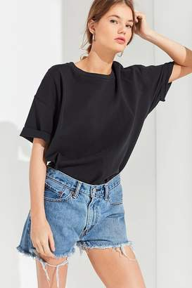 Urban Renewal Vintage Remade Low-Rise Slouchy Levi's Short
