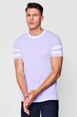 boohoo Contrast Panel Short Sleeve T-Shirt