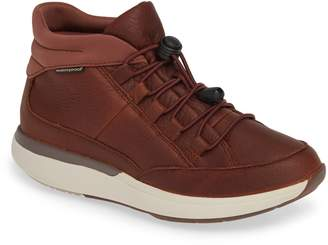 Clarks r) Un Cruise Lace-Up Sneaker