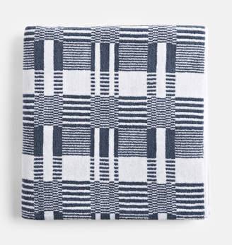 Rejuvenation Organic 700-Gram Modern Bath Towel