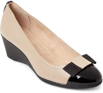 9bae700b09db Bandolino Black   Natural Lerocco Wedge Pumps