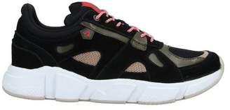 ASFVLT Low-tops & sneakers