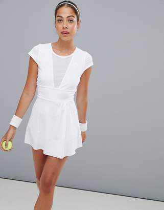 Head performance dress in white