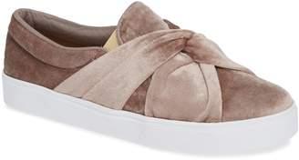 Kaanas Mantua Knotted Sneaker