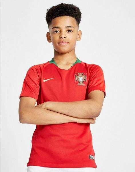 Portugal 2018 Home Shirt Junior