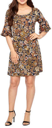 Ronni Nicole Short Bell Sleeve Shift Dress