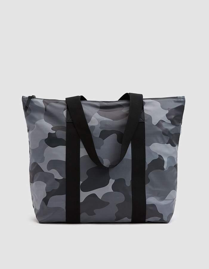 Rains Tote Bag Rush in Night Camo