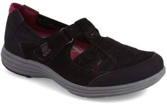 Aravon 'Barbara' Sneaker