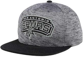 Mitchell & Ness San Antonio Spurs Space Knit Snapback Cap