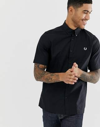 Fred Perry short sleeve twill shirt in black