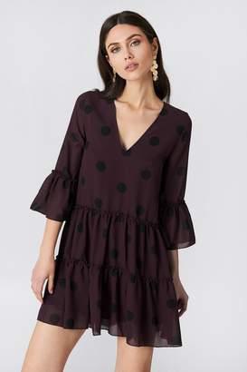 Na Kd Boho V-Neck Ruffle Mini Dress Burgundy/Black Dots