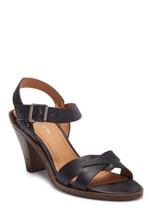 Trask Summer Leather Sandal