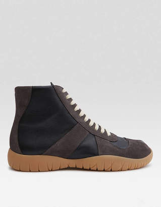 Maison Margiela High Top Tabi