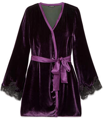 I.D. Sarrieri Chantilly Lace-trimmed Velvet Robe - Purple