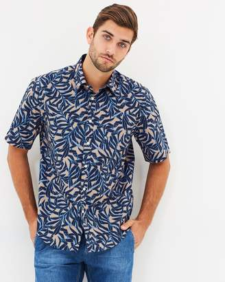 363b1593ca2ec1 Cerruti Tropical Leaves Short Sleeve Button-Up Shirt