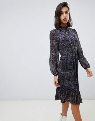 Vero Moda long sleeve floral pleated midi dress in purple