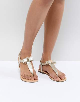 Oasis Bow Sandals