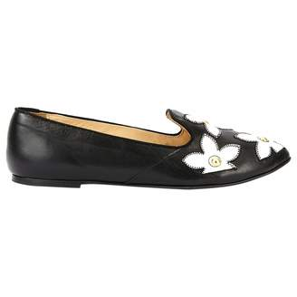 Moschino Cheap & Chic Moschino Cheap And Chic Black Leather Flat