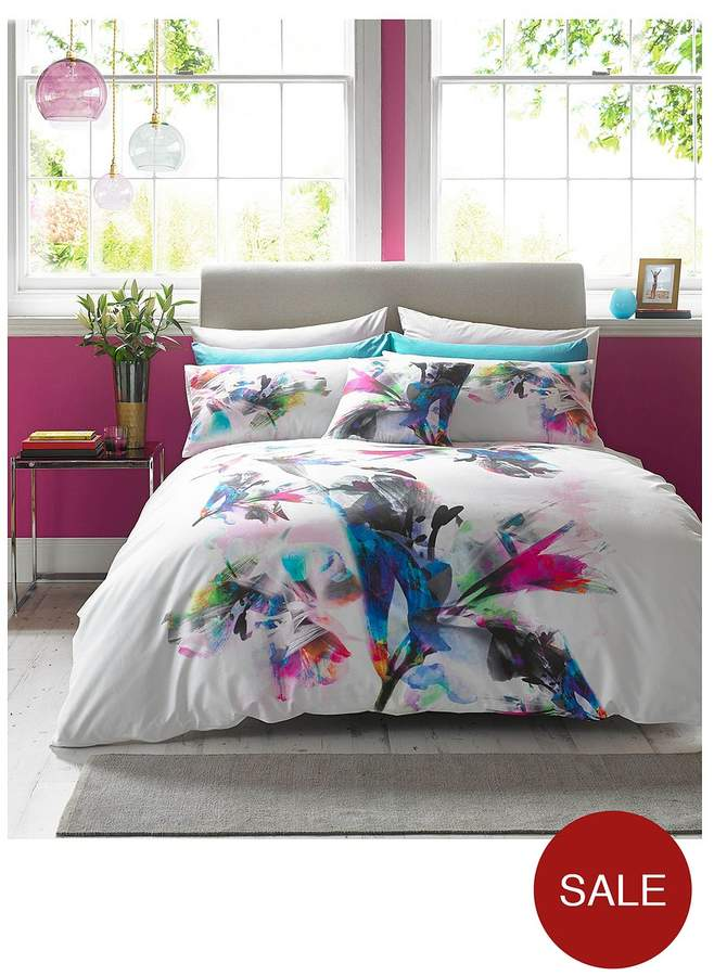Watercolour Lily 100% Cotton 180 Thread Count Duvet Cover Set