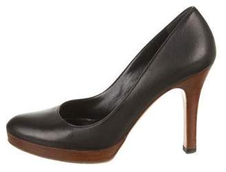 Gucci Leather Semi Pointed-Toe Pumps