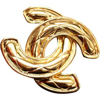 Chanel Vintage Matelasse Gold Metal Pins & brooches