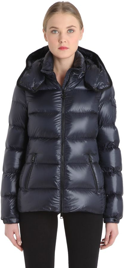 Moncler Berre Nylon Leger Brillant Down Jacket