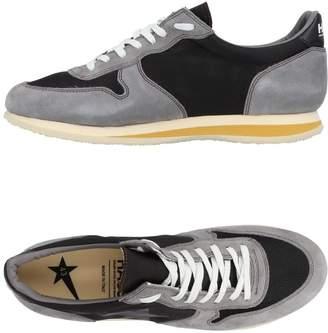 Golden Goose Low-tops & sneakers - Item 11469933MX