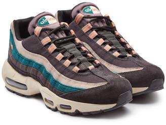 Nike 95 Premium Suede Sneakers