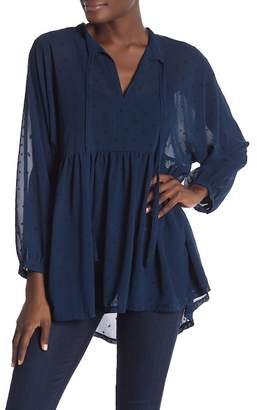 Free Generation Flocked Star Chiffon Ruffle Blouse
