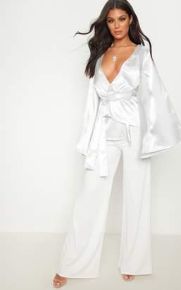 PrettyLittleThing Silver Flare Sleeve Belted Blazer