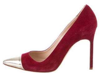 Manolo Blahnik Cap-Toe BB Pumps