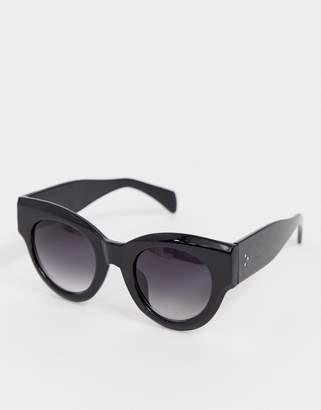 640d989d8b A. J. Morgan Aj Morgan AJ Morgan chunky cat eye sunglasses in black
