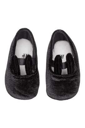 H&M Velour Slippers
