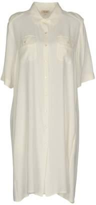 Her Shirt Knee-length dresses