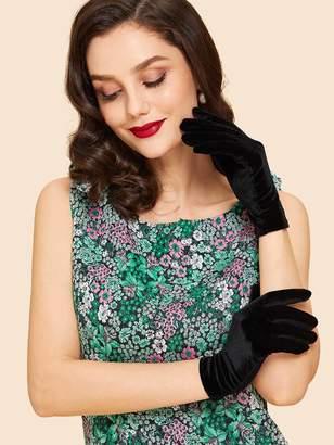Shein Plain Velvet Gloves