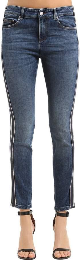 Enge Jeans Aus Japanischem Baumwolldenim