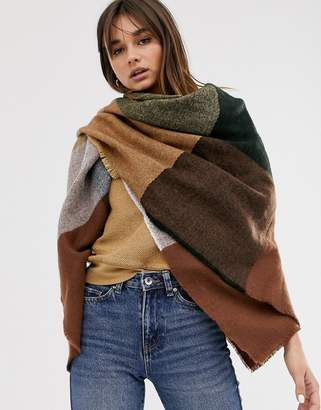 Asos Design DESIGN oversized square scarf in blown up check in camel