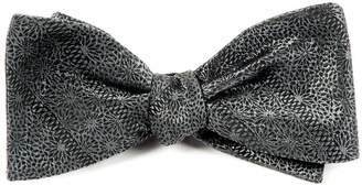 The Tie Bar Interlaced
