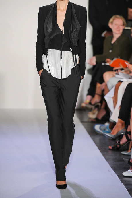 Altuzarra Tokyo cropped crepe jacket