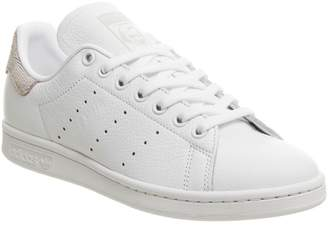 d1439f0dbe adidas Stan Smith Trainers White Orchid Tint