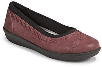 Clarks CLOUDSTEPPERS BY Ayla Lo Textured Ballet Flats