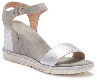 Khrio Contrast Wedge Sandal